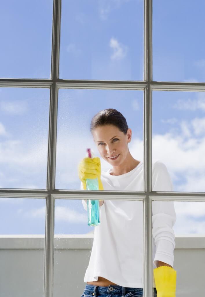 Hogyan lehet szépre tisztítani az ablakot Csitár